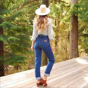 WRANGLER || vintage high rise jeans dark blue 30